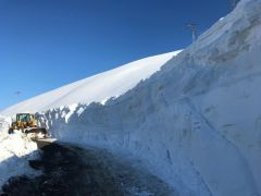 Sason'da karla mücadele çalışmaları devam ediyor