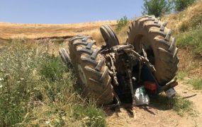 Batman'da traktör devrildi: 1 ölü