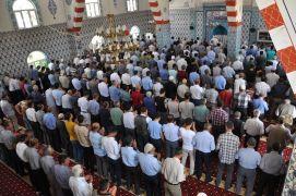 Sason'da Mursi için gıyabi cenaze namazı kılındı