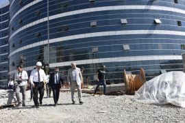 Başkan Gür hastane inşaatında incelemelerde bulundu
