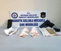 Metruk binada uyuşturucu ele geçirildi, 3 kişi gözaltına alındı