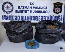 Batman'da 13 kilo 750 gram esrar ele geçirildi
