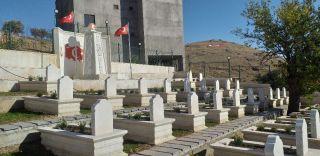 Kozluk'ta 84 yıllık şehitlik onarılarak ziyarete açıldı