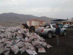 Sason'da maddi durumu düşük ailelere kömür yardımı