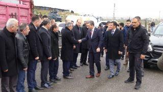 Batman Valisi Hulusi Şahin, Gercüş ilçesinde bağ ve bahçe malzemesi dağıtım törenine katıldı
