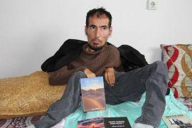 Bedensel engelli genç 14'üncü kitabını çıkardı