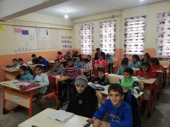 Milli Eğitim Müdürü Konakçı, öğrenciler ile kitap okudu
