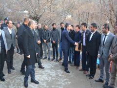 Vali Şahin, Sason'da uzman çavuşun ailesine taziye ziyaretinde bulundu