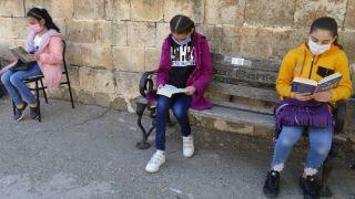 Gercüş'te Ağaçlar Kitaplarla Büyüyor Projesi devam ediyor