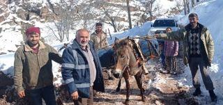Karla mücadelede kesintisiz hizmet için katır sırtında mazot taşıdılar