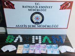 Batman'da kumar oynayan kişilere baskın