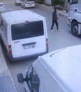 Batman'da kamyondan telefon çalan hırsız kameraya yakalandı