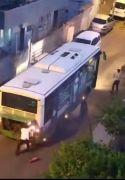 Batman'da seyir halindeki otobüs alev aldı